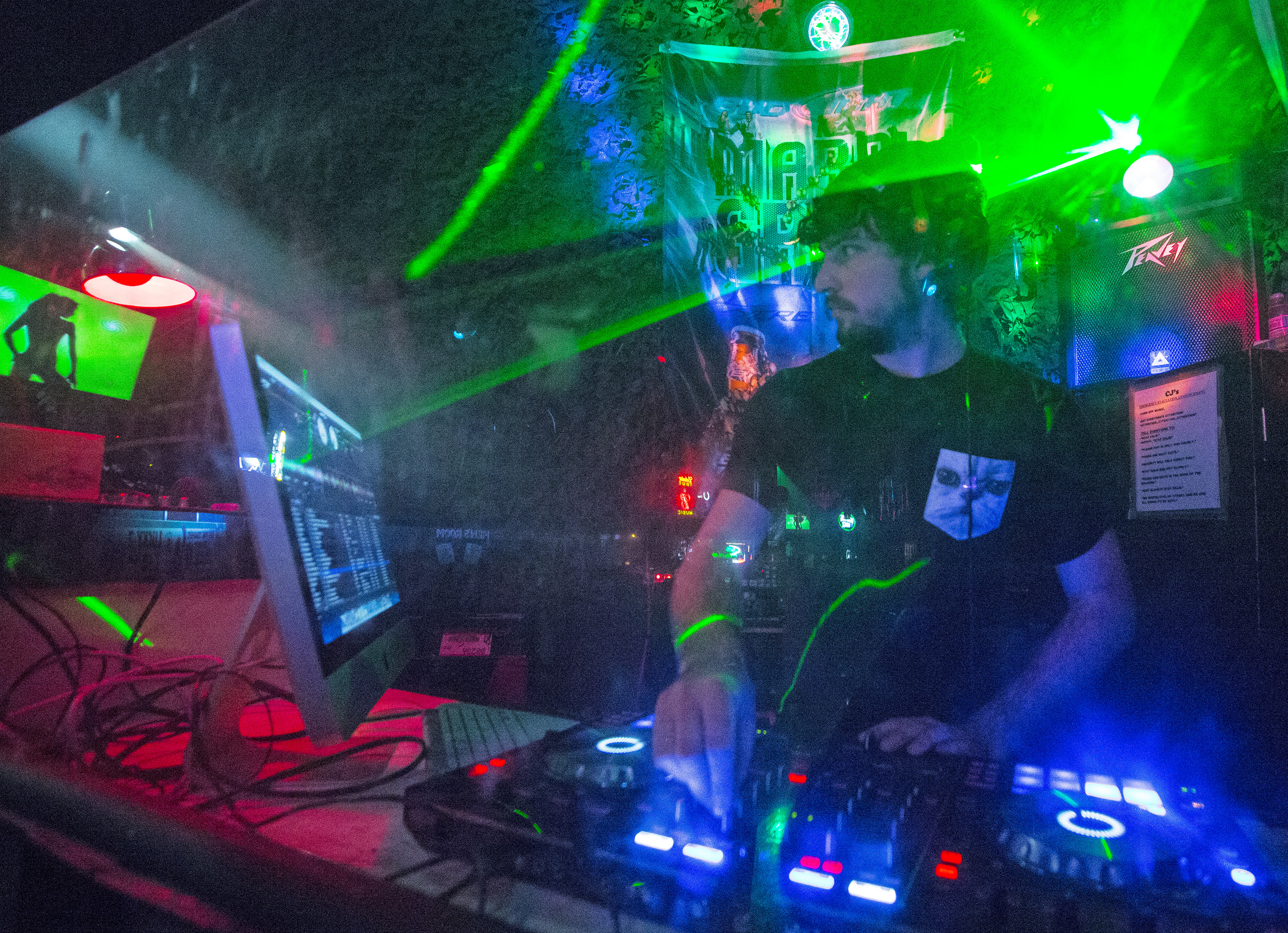 EDM dominates the music scene: Electronic dance music strewn into mainstream, Moscow-Pullman campuses
