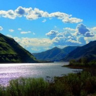 Snake River west of Port Wilma this April
