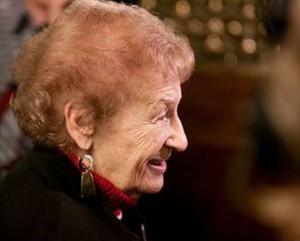 Esther Bauer