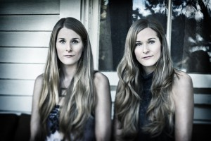 Laurie and Katelyn Shook of the Shook Twins
