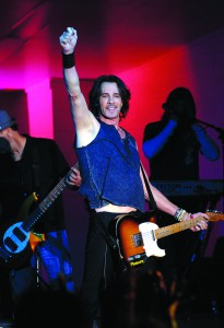 Rick Springfield salutes the crowd during his performance during Hot August Nights.