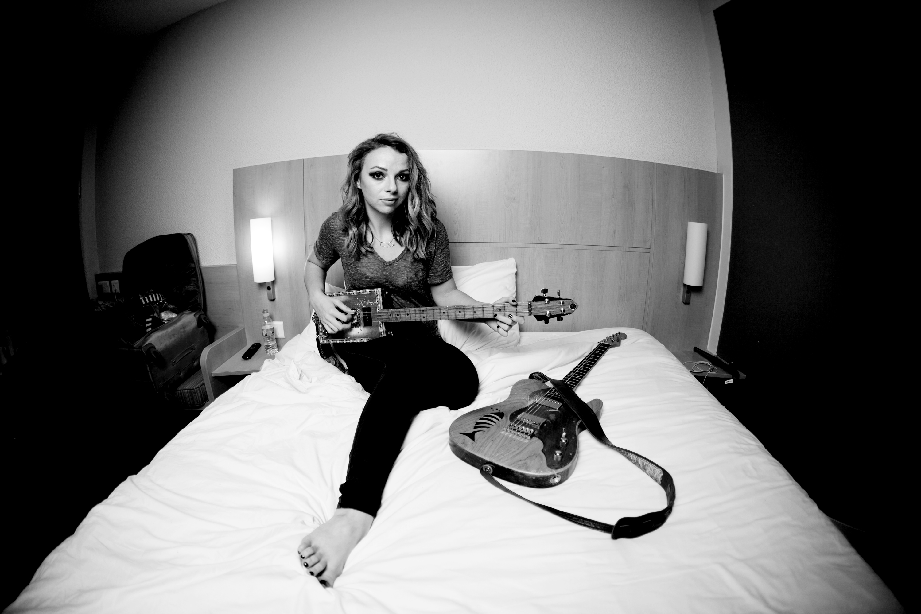 A 39 rendezvous 39 to remember missouri based blues artist for Samantha fish belle of the west