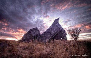 This image of a barn is by Tony Thurber.