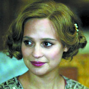 "Alicia Vikander nominated in ""The Danish Girl"" should be awarded the Oscar."