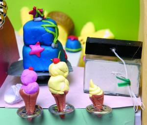 Peeps Peeping Cakes and Ice Cream.