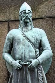 VikingstatueinNorway