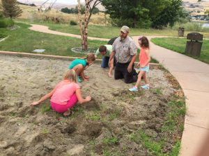 Greg Hodapp leads a Junior Ranger program at Hells Gate State Park