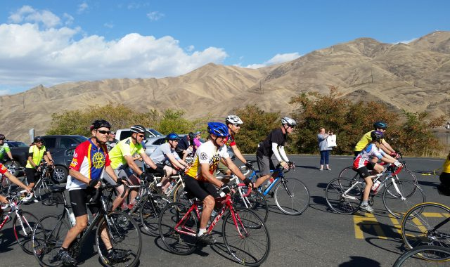 L-C Valley shown off as a cycling paradise at Riverfest and Ridges & Rivers Ride