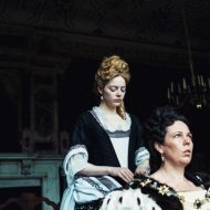 Trio's stellar acting makes 'The Favourite' a success